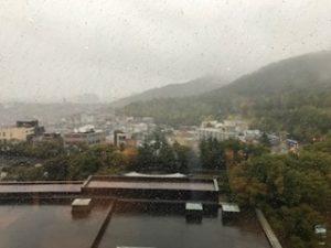 朝のソウルの町