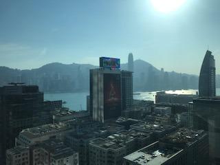 香港デモで人生初経験!香港島で歩行中に突然の催涙弾を食らった件!